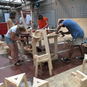 Baupalast - Hockerbau